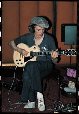 Bowie's Drummer Reveals Recording Routine