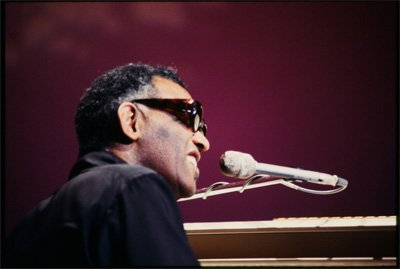 Performances by Ray Charles - Exclusive DVD